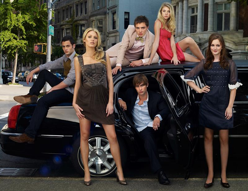 The Gossip Girl Reboot Will Feature Inclusive Casting (And Kristen Bell)