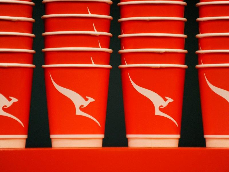 Qantas gives shareholders dividend hope