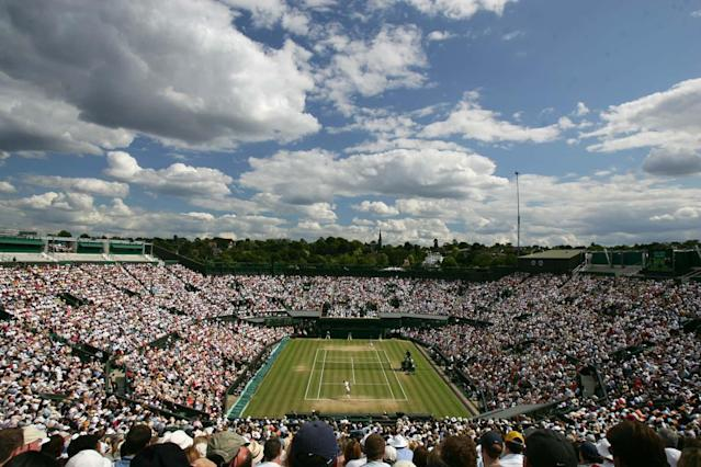 General view of Centre Court as Rafael Nadal plays defending champion Roger Federer during the Men's Singles final at Wimbledon, Sunday July 8, 2007.(AP Photo/Alex Livesey, Pool) ** EDITORIAL USE ONLY **