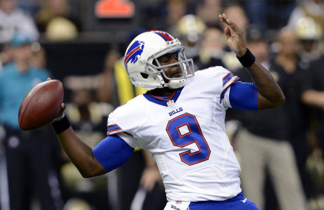 Buffalo Bills quarterback Thad Lewis (9) passes during the first half of an NFL football game against the New Orleans Saints in New Orleans, Sunday, Oct. 27, 2013. (AP Photo/Bill Feig)