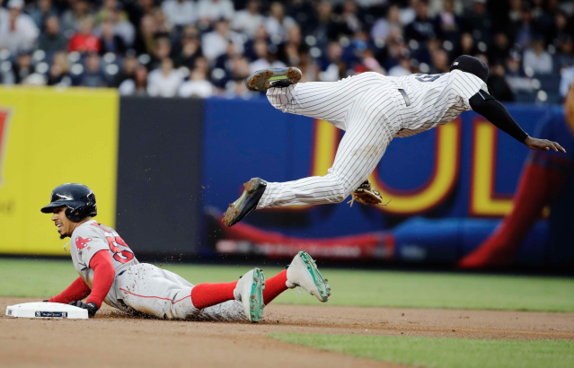 "<a class=""link rapid-noclick-resp"" href=""/mlb/players/9282/"" data-ylk=""slk:Didi Gregorius"">Didi Gregorius</a> is taking off in New York (AP)"