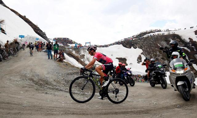 """<span class=""""element-image__caption"""">Simon Yates became the latest victim of the Giro d'Italia's latter mountain stages on Friday.</span> <span class=""""element-image__credit"""">Photograph: Luca Bettini/AFP/Getty Images</span>"""