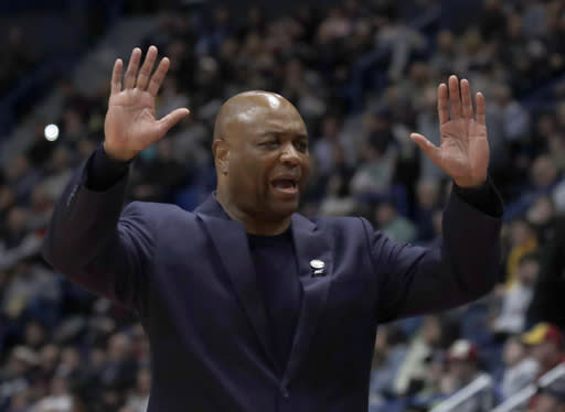 Florida State head coach Leonard Hamilton reacts at the bench during a second round men's college basketball game against Murray State in the NCAA Tournament, Saturday, March 23, 2019, in Hartford, Conn. Florida State won 90-62. (AP Photo/Elise Amendola)