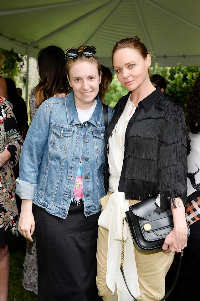 """<h4>Getty Images</h4>                                                                                                         <p>     <strong>Related Articles</strong>     <ul>         <li><a rel=""""nofollow"""" href=""""http://thezoereport.com/fashion/style-tips/box-of-style-ways-to-wear-cape-trend/?utm_source=yahoo&utm_medium=syndication"""">The Key Styling Piece Your Wardrobe Needs</a></li><li><a rel=""""nofollow"""" href=""""http://thezoereport.com/entertainment/celebrities/bella-hadid-single/?utm_source=yahoo&utm_medium=syndication"""">Bella Hadid Just Shared What It's Like To Be Single</a></li><li><a rel=""""nofollow"""" href=""""http://thezoereport.com/beauty/celebrity-beauty/kim-kardashian-pink-hair-wig/?utm_source=yahoo&utm_medium=syndication"""">This Is What Kim Kardashian Looks Like With Pink Hair</a></li>    </ul> </p>"""