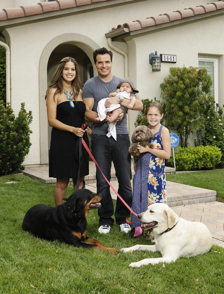 "Actor Antonio Sabato Jr. swaps lives with Pro wrestler Mick Foley in ""Celebrity Wife Swap."""
