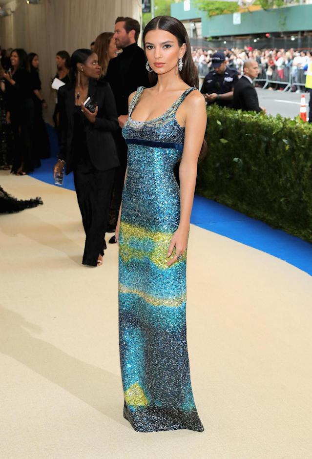 "<p>The model looked stunning in a sequin dress that seems to have been inspired by Van Gogh's famous ""The Starry Night"" painting. (Photo by Neilson Barnard/Getty Images) </p>"