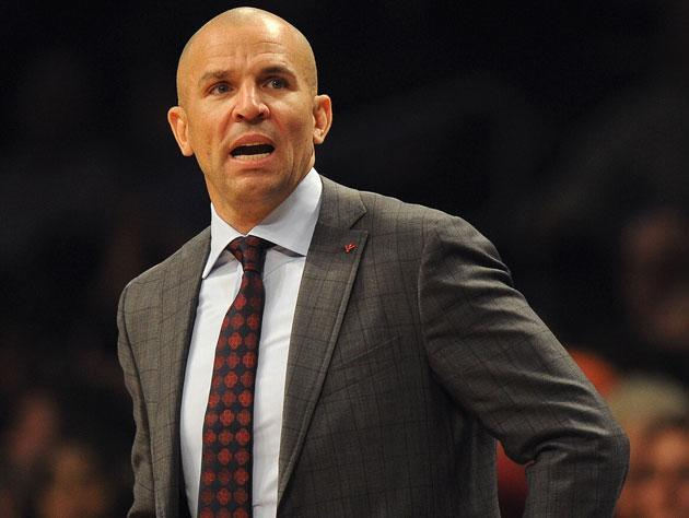 Jason Kidd appears to intentionally spill a drink to buy time late in a game, Nets still lose (Video)