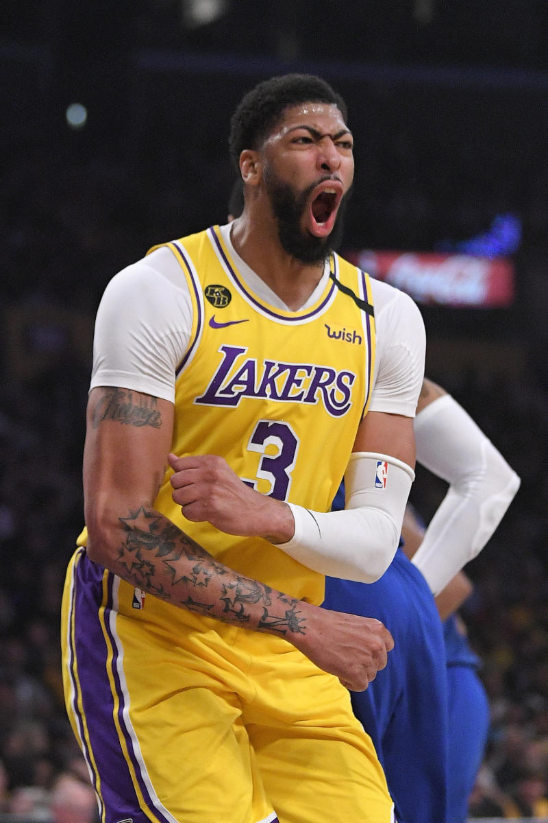 Lakers' Anthony Davis to wear own name on jersey in Orlando