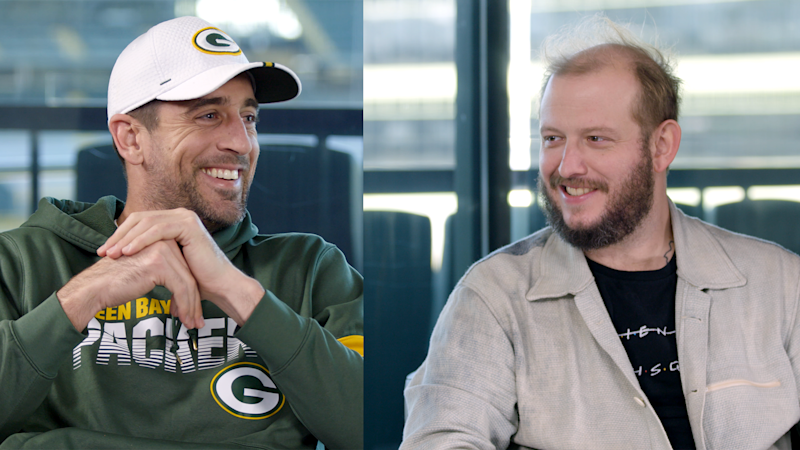 """Aaron Rodgers and Bon Iver's Justin Vernon on How Therapy Is a """"Strength"""""""