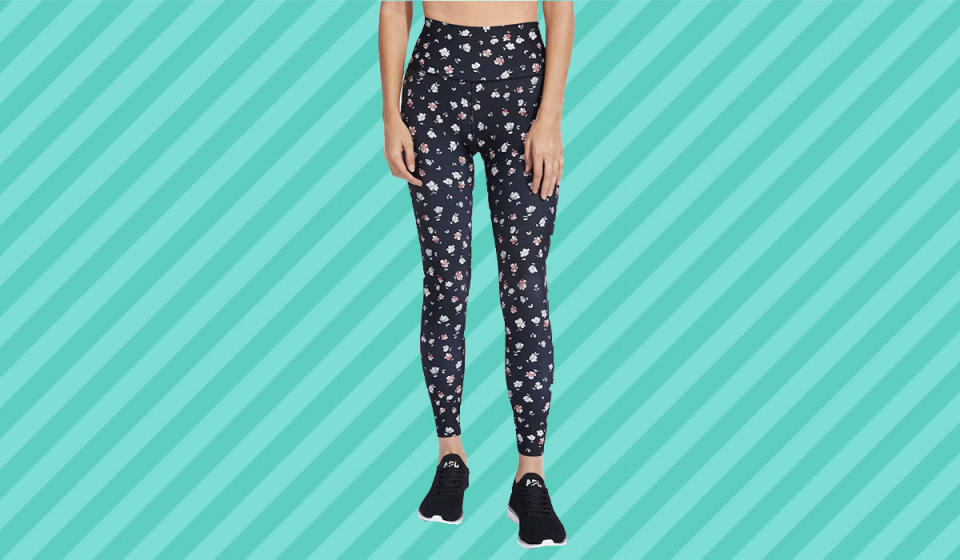 Hands-down the most stylish leggings you'll own. (Photo: Nordstrom Rack)