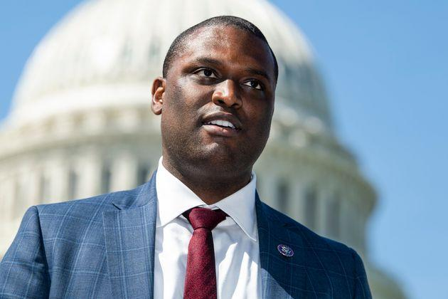 Rep. Mondaire Jones (D-N.Y.) first introduced the Right to Vote Act as an amendment to the For the People Act in May. (Photo: Tom Williams via Getty Images)