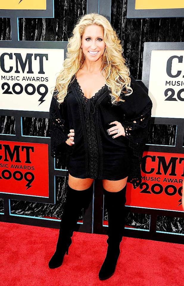 """Former Trick Pony lead singer Heidi Newfield released her inner goth by sporting a scary black lace-up dress, matching nail polish, and thigh-high boots. Jeff Kravitz/<a href=""""http://www.filmmagic.com/"""" target=""""new"""">FilmMagic.com</a> - June 16, 2009"""