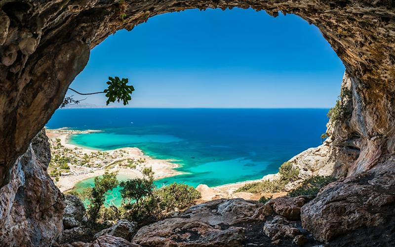 Crete will see temperatures in the mid to upper 20s over May half-term, but fewer crowds than in the summer months - arturas kerdokas