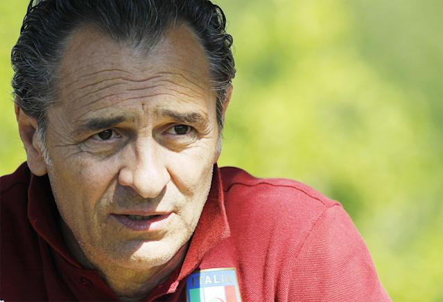 Cesare Prandelli, coach of the Italian national soccer team, leads a training session at the Coverciano center, near Florence, Italy, Monday, June 2, 2014. Giuseppe Rossi will miss out on the World Cup once again. The American-born Italy forward was among the players cut from the Azzurri's final World Cup squad on Saturday, in a repeat of what happened to him four years ago. Cesare Prandelli apparently judged that Rossi hadn't fully recovered from his latest right knee injury in January. Rossi has always been one of Prandelli's favorite players, but the coach opted not to gamble on his fitness despite the forward having been the Italian league's leading scorer before getting injured. (AP Photo/Fabrizio Giovannozzi)