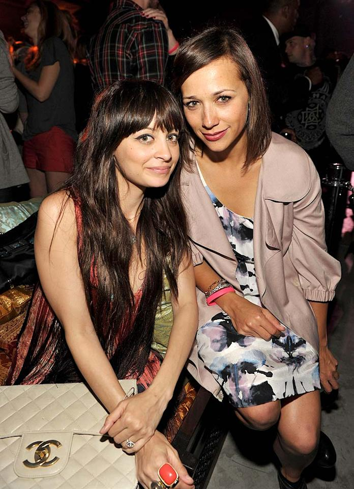"Nicole Richie posed with ""Parks and Recreation"" star Rashida Jones, whose dad Quincy Jones collaborated with Nicole's pop, Lionel Richie, on both versions of ""We Are the World."" John Shearer/<a href=""http://www.wireimage.com"" target=""new"">WireImage.com</a> - May 4, 2010"