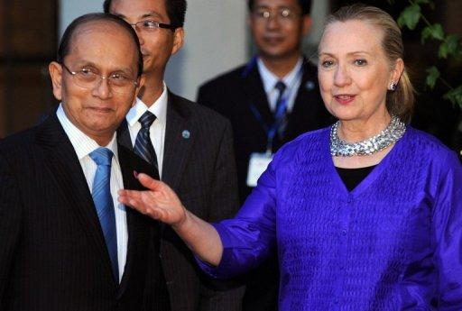 US Secretary of State Hillary Clinton met Myanmar President Thein Sein on July 13 for landmark discussions