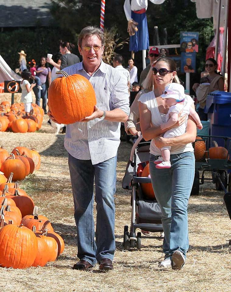 "Looks like Tim Allen plans to do some ""Home Improvement"" by placing jack-o-lanterns on his porch. The comedian had some help from wife Jane Hajduk and their daughter, 7-month-old Elizabeth. Rafael/<a href=""http://www.x17online.com"" target=""new"">X17 Online</a> - October 24, 2009"
