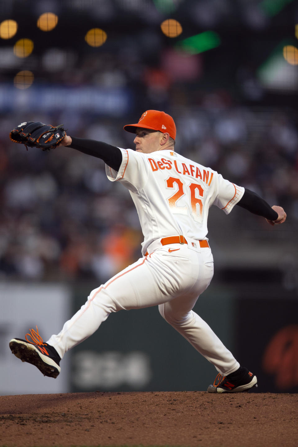 San Francisco Giants starting pitcher Anthony DeSclafani delivers against the San Diego Padres during the second inning of a baseball game, Tuesday, Sept. 14, 2021, in San Francisco. (AP Photo/D. Ross Cameron)