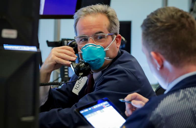 Elevated Wall Street 'fear gauge' shows doubts about stock market rebound