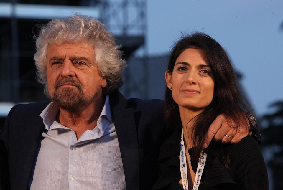 ROME, ITALY - NOVEMBER 26: Beppe Grillo, the founder of the anti-establishment 5-Star Movement, talks next to Romes Mayor Virginia Raggi, during a march in support of the No vote in the upcoming constitutional reform referendum on November 26, 2016 in Rome, Italy.  PHOTOGRAPH BY Marco Ravagli / Barcroft Images  London-T:+44 207 033 1031 E:hello@barcroftmedia.com - New York-T:+1 212 796 2458 E:hello@barcroftusa.com - New Delhi-T:+91 11 4053 2429 E:hello@barcroftindia.com www.barcroftimages.com (Photo credit should read Marco Ravagli / Barcroft Media via Getty Images / Barcroft Media via Getty Images) (Photo: Barcroft Media via Getty Images)
