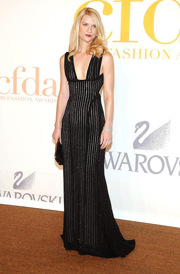 "Claire Danes solidified her status as a style icon in a black silk crepe Narciso Rodriguez stunner. Jamie McCarthy/<a href=""http://www.wireimage.com"" target=""new"">WireImage.com</a> - June 15, 2009"