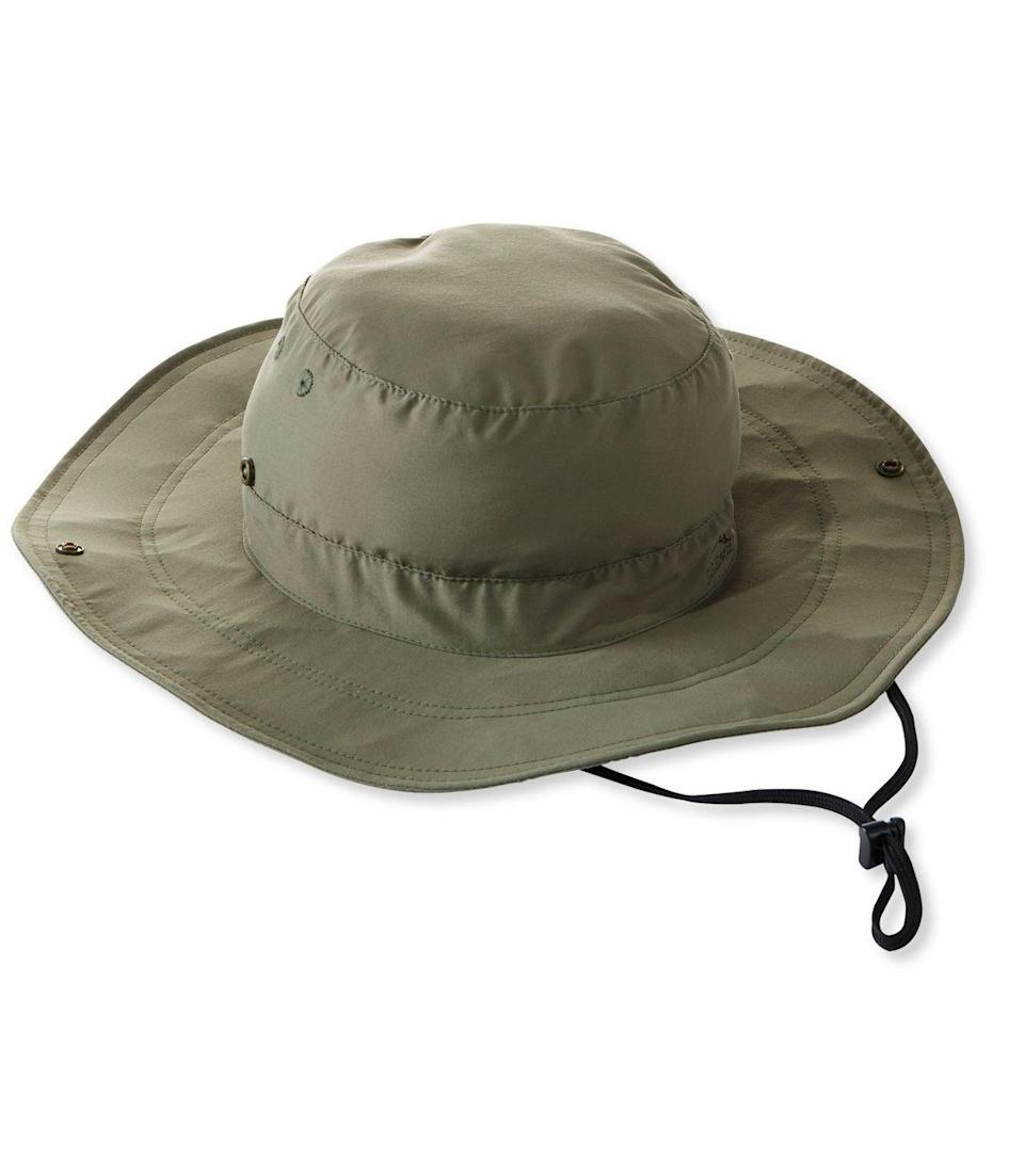 """<p>llbean.com</p><p><strong>$34.95</strong></p><p><a href=""""https://go.redirectingat.com?id=74968X1596630&url=https%3A%2F%2Fwww.llbean.com%2Fllb%2Fshop%2F120125&sref=https%3A%2F%2Fwww.countryliving.com%2Flife%2Fg32364184%2Ffishing-gifts-dad%2F"""" rel=""""nofollow noopener"""" target=""""_blank"""" data-ylk=""""slk:Shop Now"""" class=""""link rapid-noclick-resp"""">Shop Now</a></p><p>Meet Dad's new favorite accessory! This hat provides protection from the sun and pesky insects that may make fishing excursions less than ideal. </p>"""