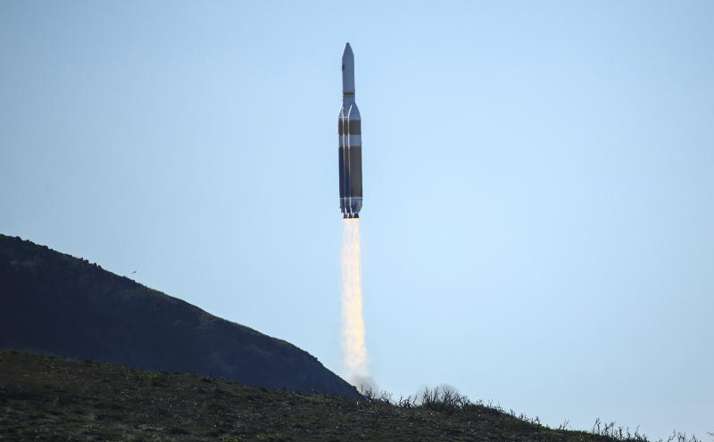USA spy satellite launched into space