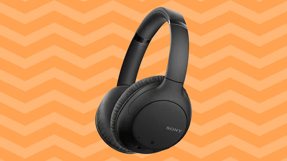 Save 56 percent on these Sony WH-CH710N Noise-Canceling Headphones. (Photo: Amazon)