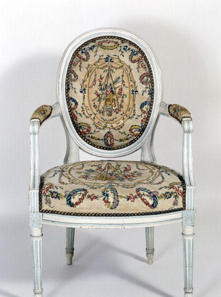 <p>Louis XVI was France's last monarch before the country's revolution (and the husband of Marie Antoinette). Chairs from the time of his reign are characterized by rounded seat backs—which are often curved for comfort—and plush seats. A revived interest in classical style makes for details that nod to Greek and Roman decoration, like carved, fluted legs reminiscent of classic columns. </p>