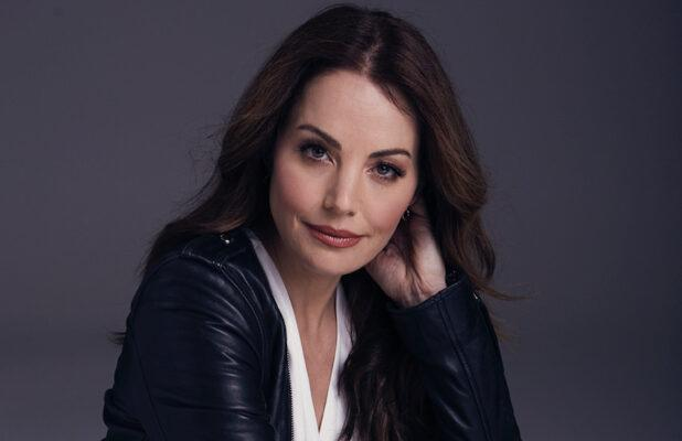 'Crisis on Infinite Earths': Erica Durance to Return as 'Smallville' Lois Lane for The CW's Mega-Crossover