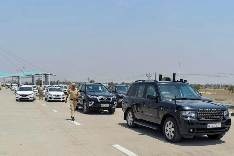 Are Indians Ready for Development? Answer Lies in Bumpy Ride on Plunder-Plagued Expressway