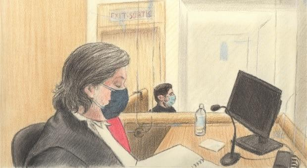 Sketch shows Justice Matthew Webber, left, presiding over Diallo's trial on Monday, with OC Transpo Special Const. Steven Delaney as a witness.