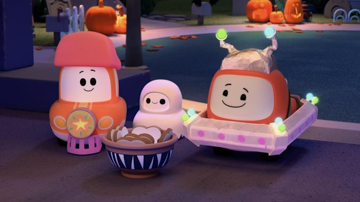"""<p><strong>Netflix description:</strong> """"Cory, Chrissy and Freddie are on the hunt for king-sized candy bars this <a class=""""link rapid-noclick-resp"""" href=""""https://www.popsugar.com/Halloween"""" rel=""""nofollow noopener"""" target=""""_blank"""" data-ylk=""""slk:Halloween"""">Halloween</a>! But are all the treats worth the trek to the spooky side of town?""""</p> <p><strong>Ages it's appropriate for:</strong> all ages</p> <p><a href=""""https://www.netflix.com/title/81021357"""" class=""""link rapid-noclick-resp"""" rel=""""nofollow noopener"""" target=""""_blank"""" data-ylk=""""slk:Watch A Go! Go! Cory Carson Halloween on Netflix now!"""">Watch <strong>A Go! Go! Cory Carson Halloween</strong> on Netflix now!</a></p>"""