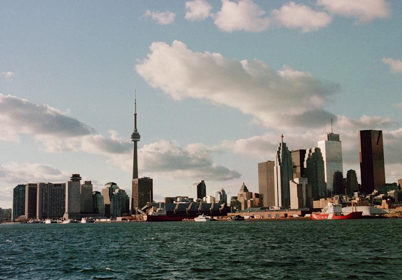 A general view of the city of Toronto's skyline, 29 November 1999