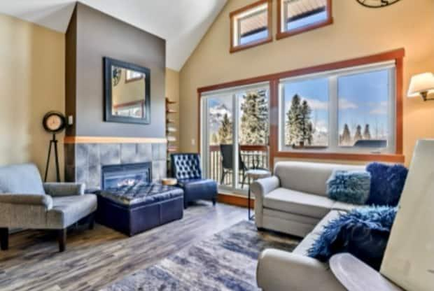 A condominium hotel unit in Canmore recently sold for $50,000 over the $600,000 asking price. The seller had purchased the unit for $350,000 in 2016.