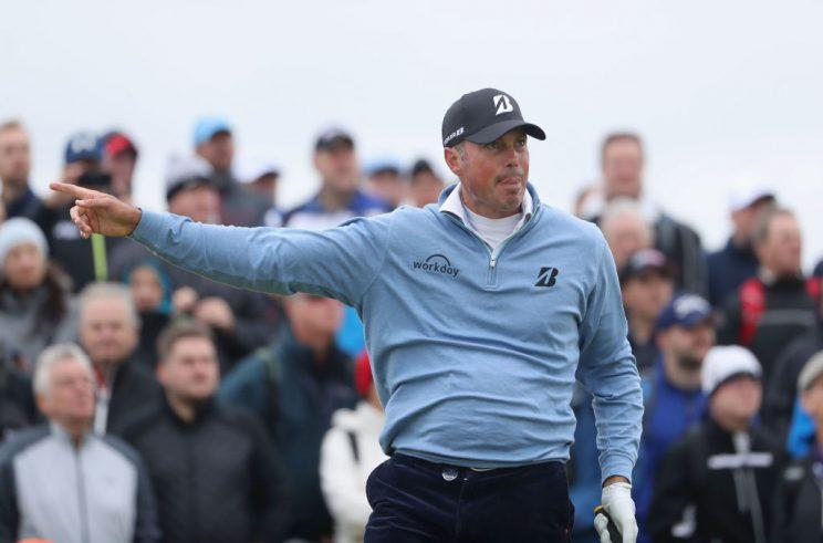 Matt Kuchar giving directions at Royal Birkdale. (Getty)