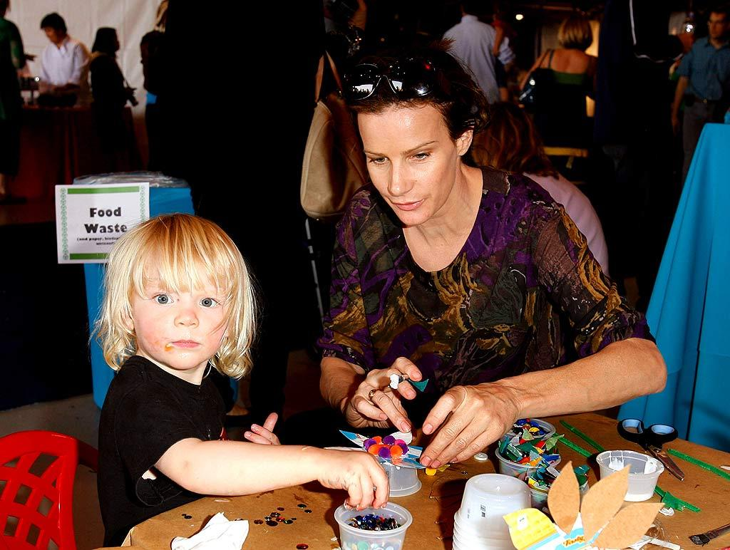 """Emmy nominee Rachel Griffiths (""""Brothers and Sisters"""") and her son dig in at the arts and crafts table. Donato Sardella/<a href=""""http://www.wireimage.com"""" target=""""new"""">WireImage.com</a> - November 4, 2007"""