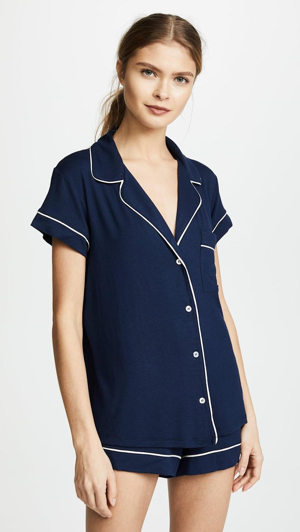 <p>They'll want to curl up in this comfy <span>Eberjey Gisele PJ Set</span> ($98).</p>
