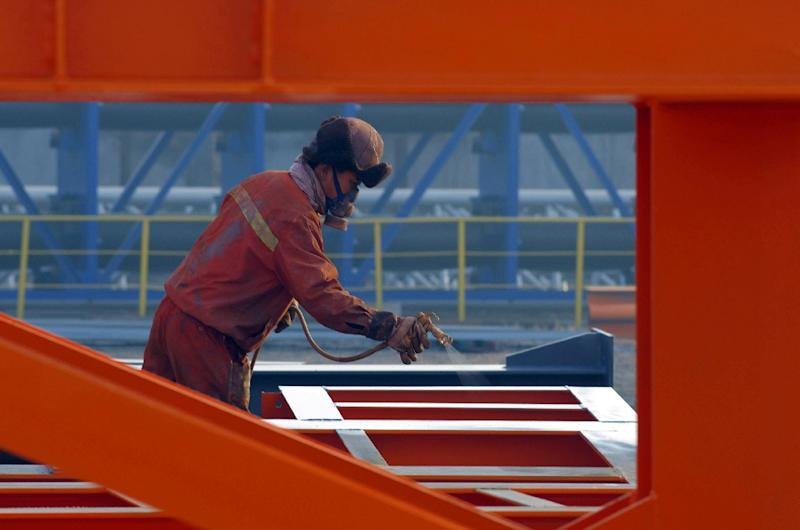 China's key manufacturing sector shrank for the sixth straight month, according to the Purchasing Managers Index (PMI), and is now at its weakest since August 2012 (AFP Photo/-)