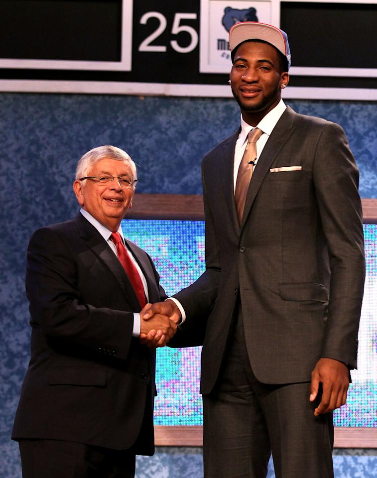 NEWARK, NJ - JUNE 28:  Andre Drummond (R) of the Connecticut Huskies greets NBA Commissioner David Stern (L) after he was selected number nine overall by the Detroit Pistons during the first round of the 2012 NBA Draft at Prudential Center on June 28, 2012 in Newark, New Jersey. NOTE TO USER: User expressly acknowledges and agrees that, by downloading and/or using this Photograph, user is consenting to the terms and conditions of the Getty Images License Agreement.  (Photo by Elsa/Getty Images)