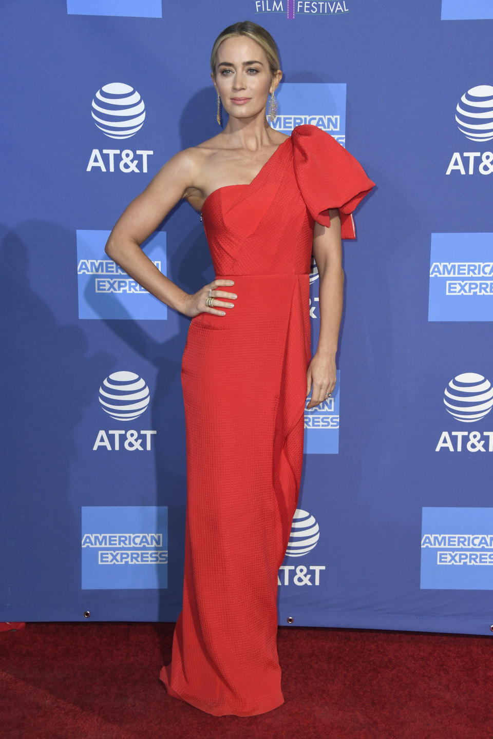 <p>On January 3, Emily Blunt wore a one-shoulder Roland Mouret dress with Sophia Webster shoes and glitzy Fernando Jorge earrings. Another winning ensemble from the actress to add to our lust list… <em>[Photo: Getty]</em> </p>