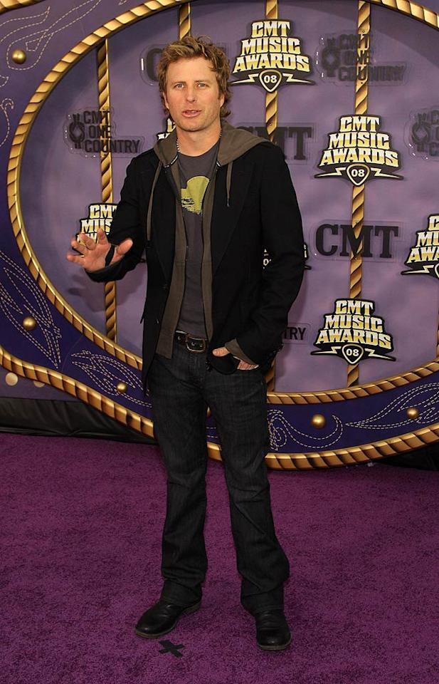 """It's not everyday that you see a hoodie on the red carpet, but Dierks Bentley, nominated for Best Performance of the Year, rocked one. Stephen Lovekin/<a href=""""http://www.gettyimages.com/"""" target=""""new"""">GettyImages.com</a> - April 14, 2008"""