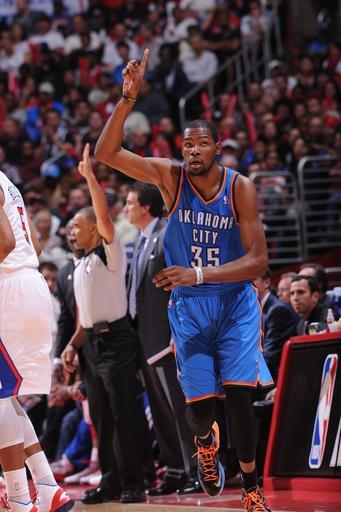 LOS ANGELES, CA - MARCH 3: Kevin Durant #35 of the Oklahoma City Thunder reacts after making a shot against the Los Angeles Clippers at Staples Center on March 3, 2013 in Los Angeles, California. (Photo by Noah Graham/NBAE via Getty Images)
