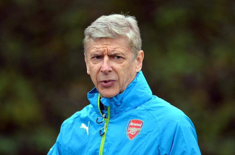 Arsenal's French manager Arsene Wenger attends a training session at the London Colney on November 3, 2014 (AFP Photo/Glyn Kirk)