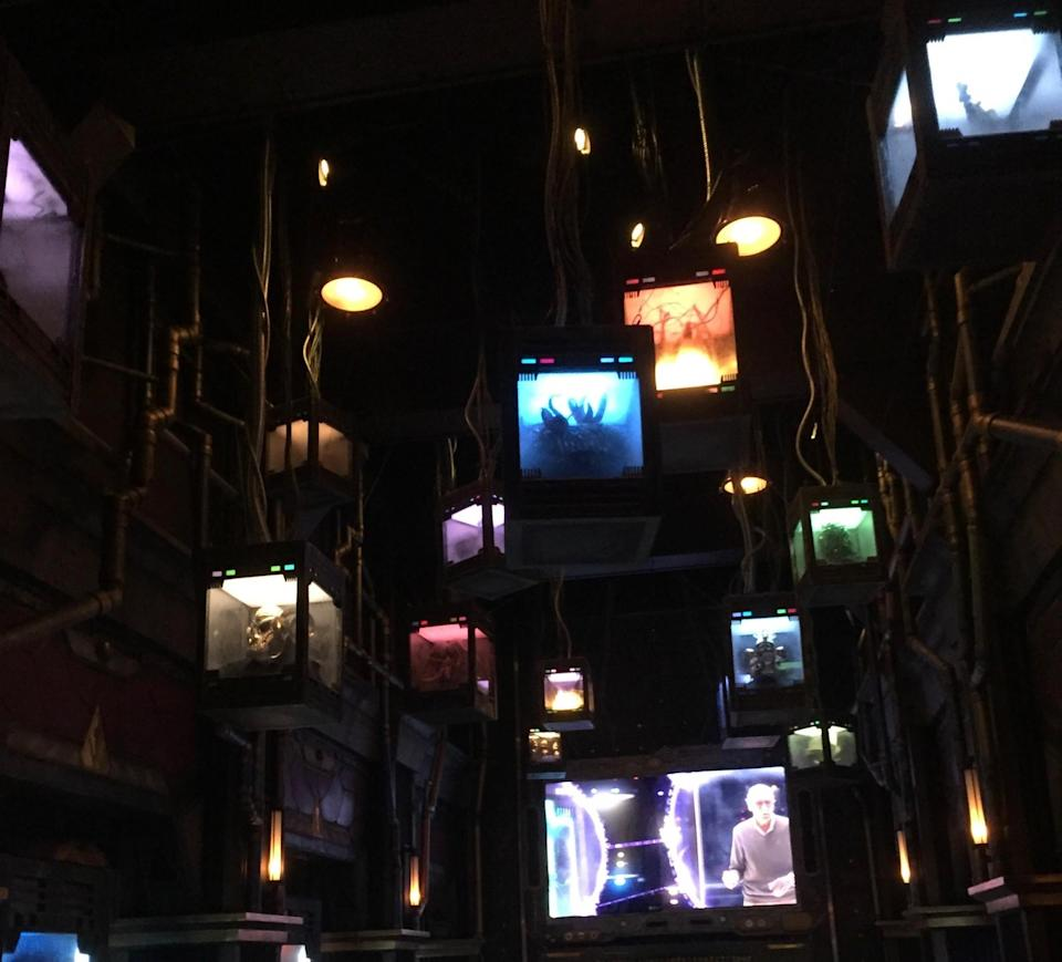 <p>It wouldn't be a Marvel attraction with the requisite Stan Lee cameo. That's him caged at the bottom. (Photo: Marcus Errico/Yahoo Movies) </p>