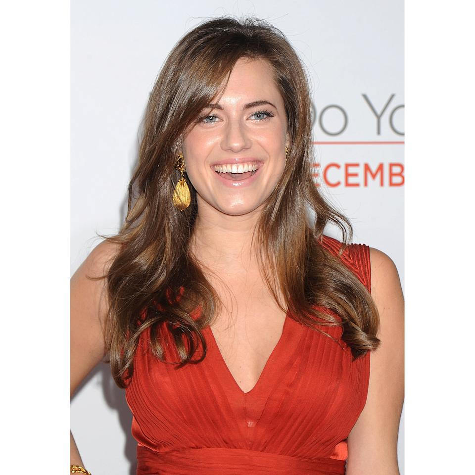 <p>For this premiere, Williams styled her hair into loose, beachy waves and kept the rest of her makeup natural, showing off her dewy skin.</p>