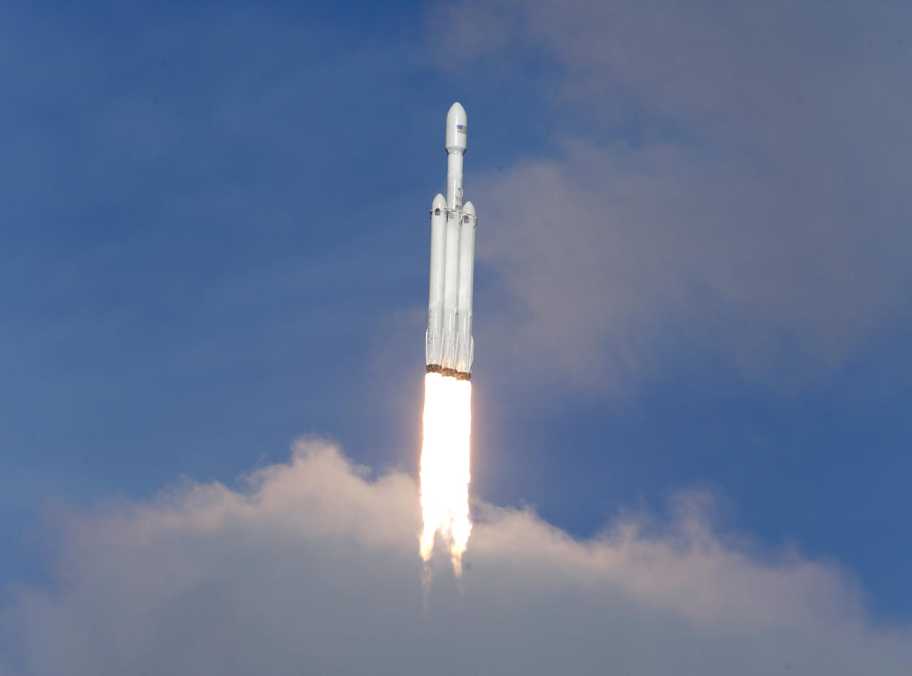 Falcon Heavy rockets into space