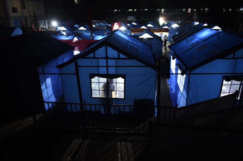Tents are set up for earthquake victims and volunteers in Longtoushan, in China's southwest Yunnan province, on August 5, 2014 (AFP Photo/Greg Baker)