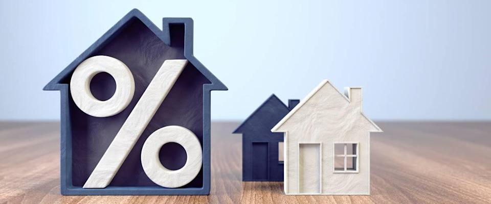 Mortgage rates and houses