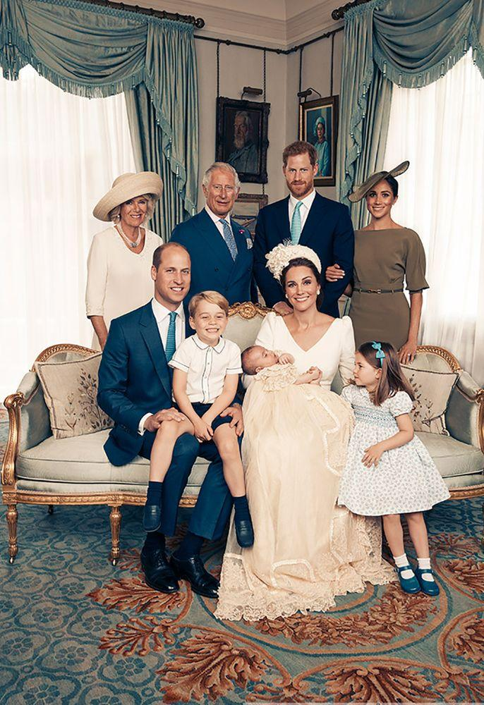 Seated (left to right): The Duke of Cambridge, Prince George, Prince Louis, The Duchess of Cambridge, Princess Charlotte. Standing (left to right): The Duchess of Cornwall, The Prince of Wales, The Duke of Sussex, The Duchess of Sussex.